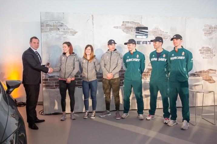 SEAT Leon flotta a rövidpályás gyorskorcsolyázóknak